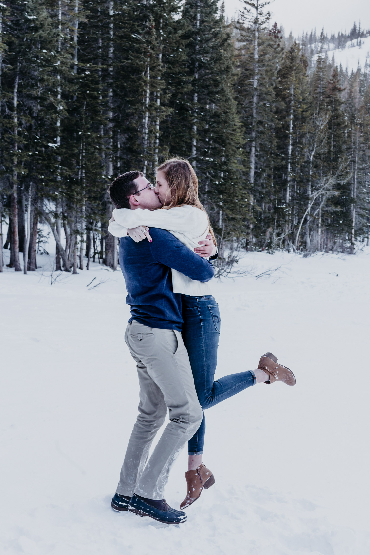 Colorado Wedding Photography, Intimate Wedding, Rocky Mountain National park, Proposal, Engagement, adventure couple
