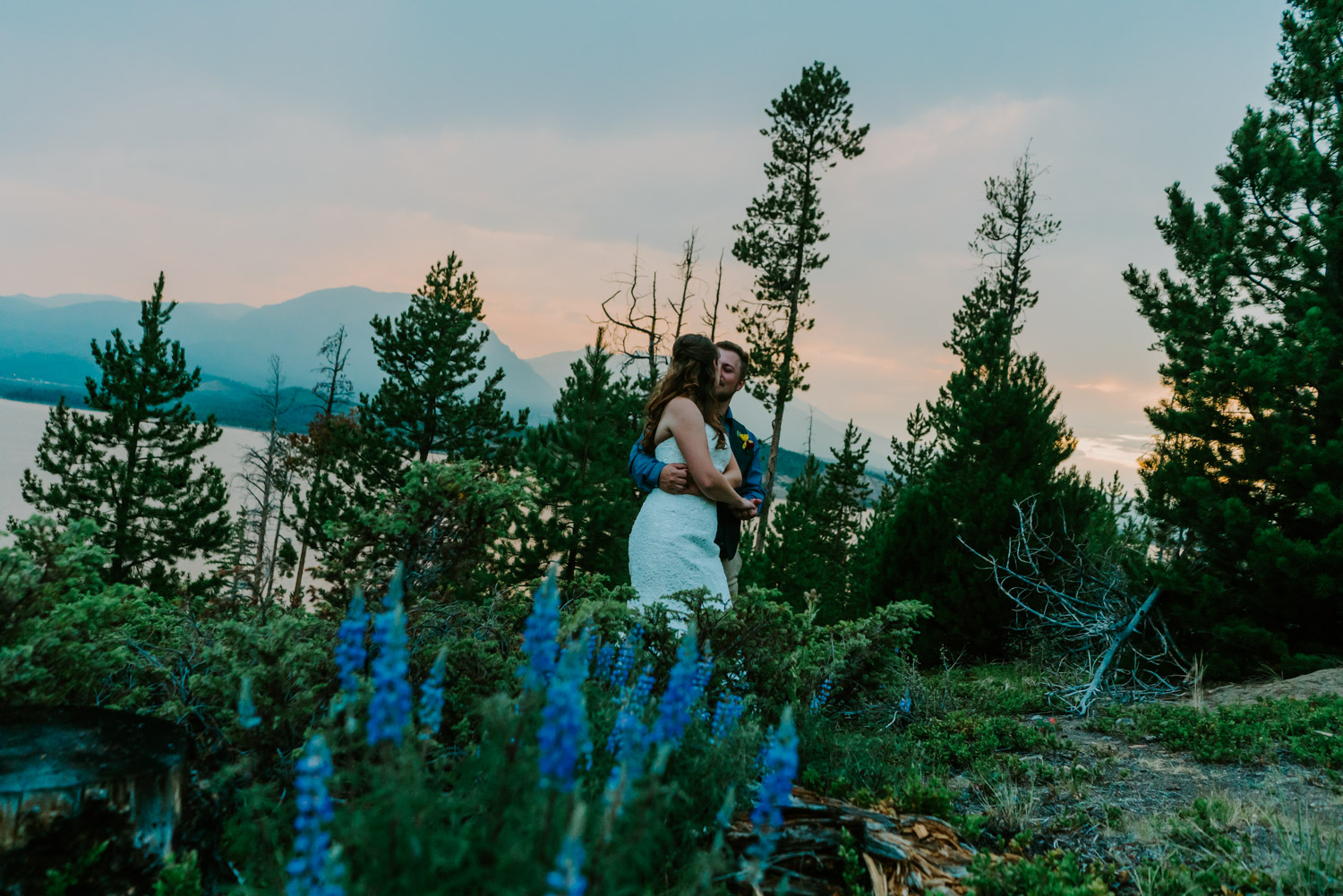 Beth_Jeff_Colorado_Wedding_MegONeillPhotography__180721_124