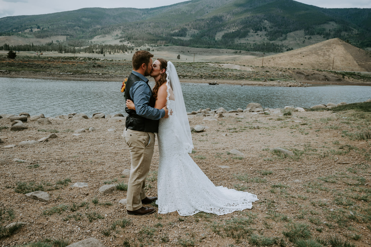 Colorado Wedding Photographer, Denver Botanic Gardens Wedding, Intimate Wedding, Windy Point Campground, lake dillon, elopement photographer, first look, kiss