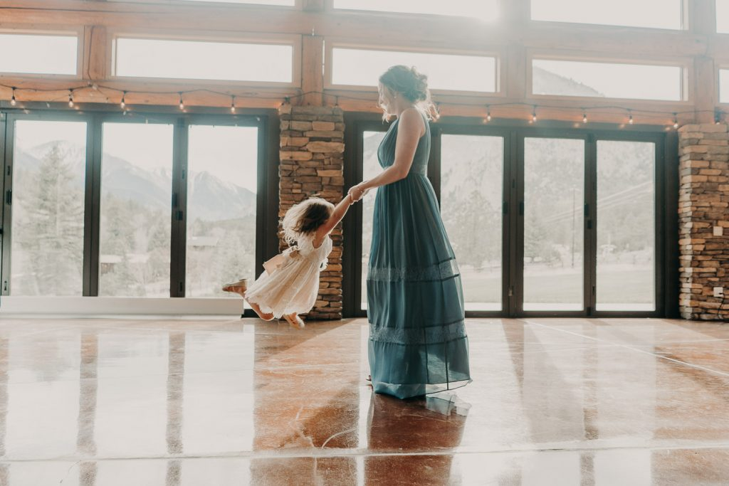Colorado Wedding, Colorado Wedding Photographer, Mount Princeton Hot Springs, Buena Vista, Elopement Photography, dancing