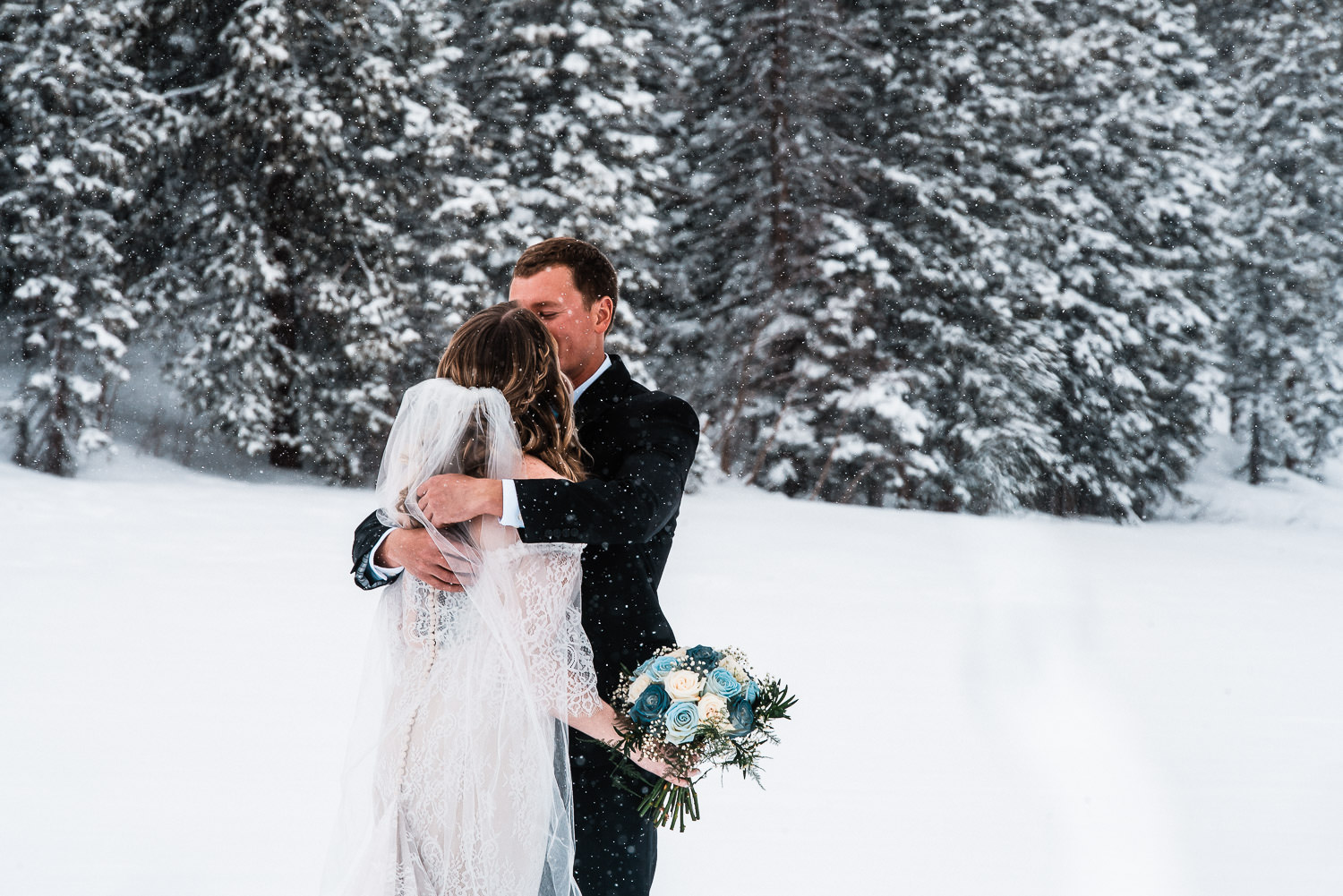 Rocky Mountain National Park Winter Elopement, Colorado