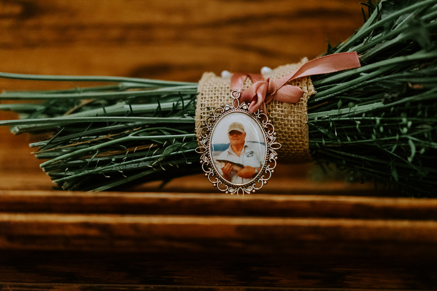 father picture on wedding boutique
