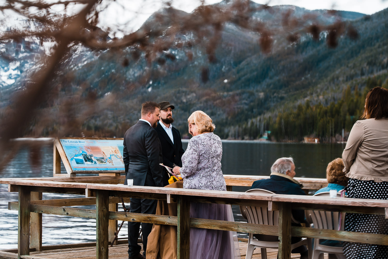 sentimental moment mother of bride