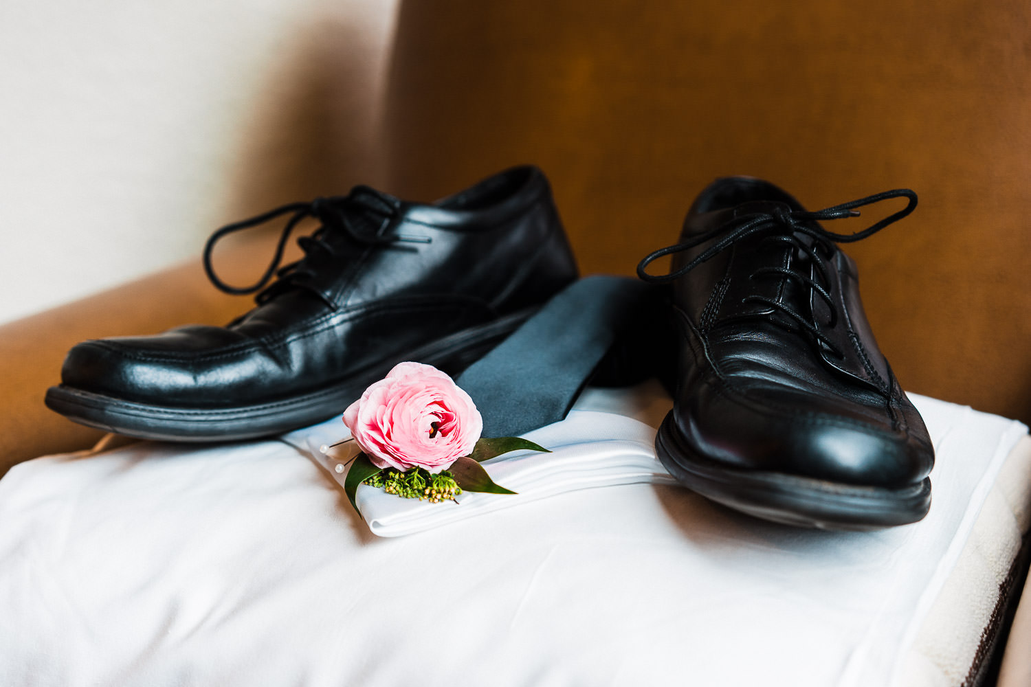 Grooms shoes wedding details