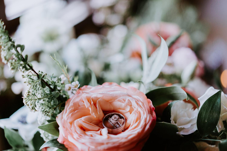 wedding rings honeycomb flowers