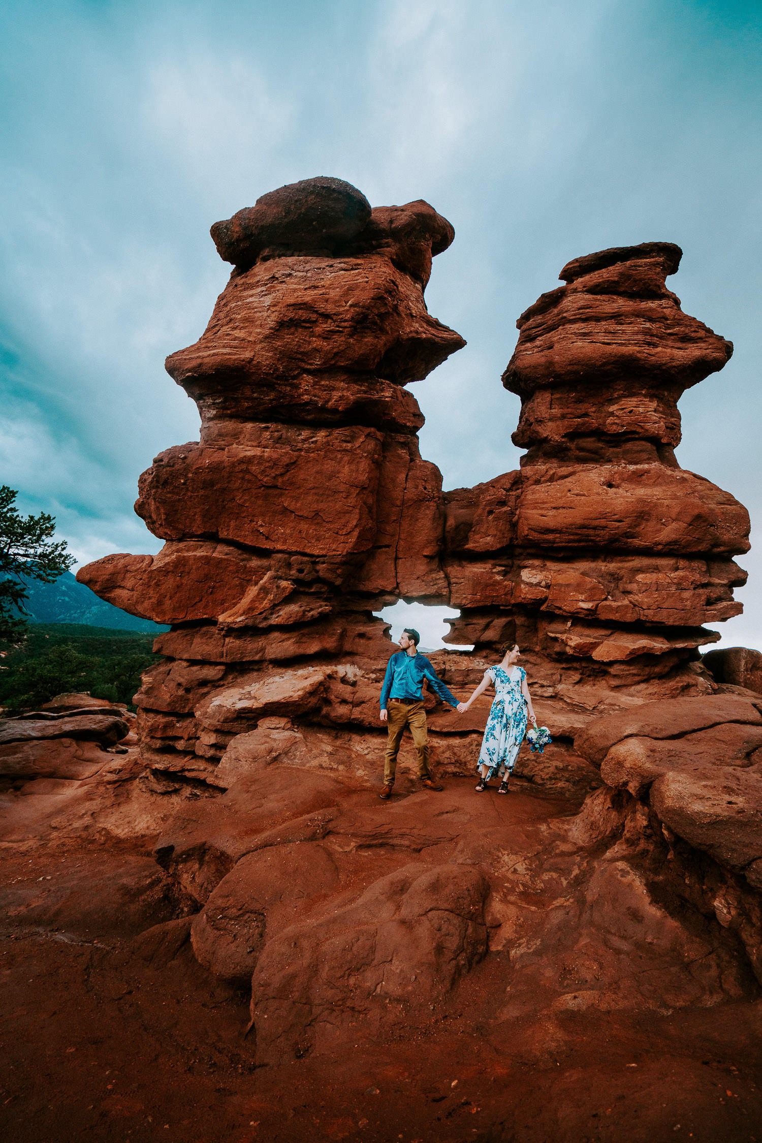 Best Place to Elope in Colorado | Garden Of The Gods Elopement | Run Wild With Me Photography